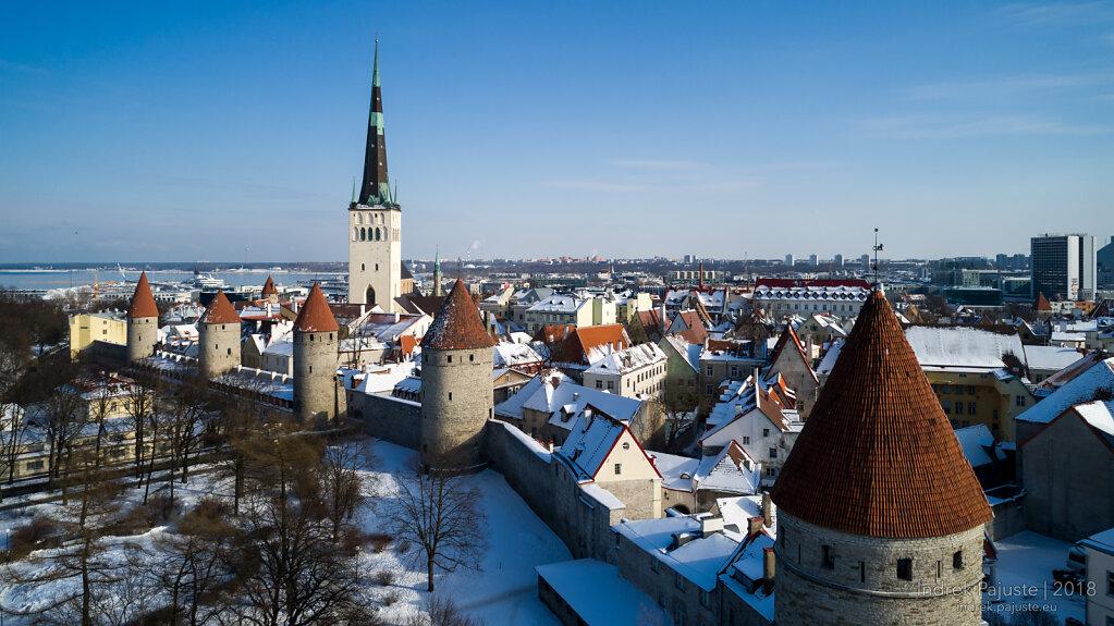 Tallinna vanalinn talvel